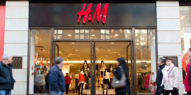 Si l'on regarde la Suède, la patrie d'H & M, le marché de l'habillement n'y est que de 7 milliards d'euros - contre 313 milliards pour les 27 pays de l'Union européenne en 2012. Pour exister, une firme suédoise doit donc obligatoirement s'internationaliser.
