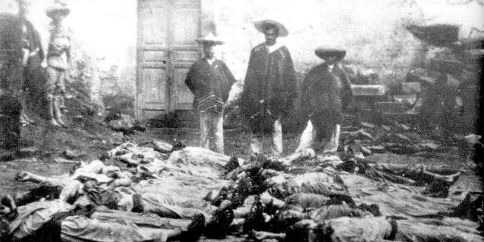 Massacre de «cristeros» en 1929 (photo anonyme).