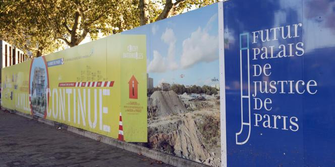 Aux abords de la future cité judiciaire des Batignolles, en novembre 2012.