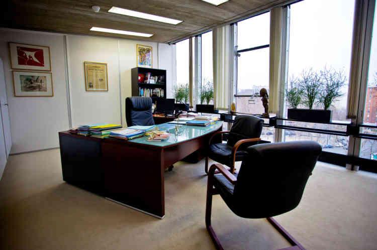 Le bureau du secrétaire national du PCF, Pierre Laurent, était aussi celui de son prédécesseur, Marie-George Buffet. Celui de Georges Marchais a été réaménagé depuis.