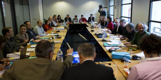 Lors de la négociation sur la sécurisation de l'emploi entre syndicats et patronat, le 19 décembre, à Paris.