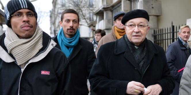 Enfin, l'archevêque de Paris, Mgr André Vingt-Trois, venu soutenir les manifestants a déclaré :