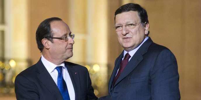 François Hollande en compagnie du président le la Commission européenne Jose Manuel Barroso