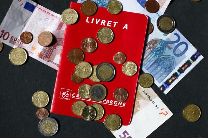 Manuel Valls n'a pas écarté, lundi 26 mai, une éventuelle baisse du taux de rémunération du Livret A, de 1,25 à 1 %.