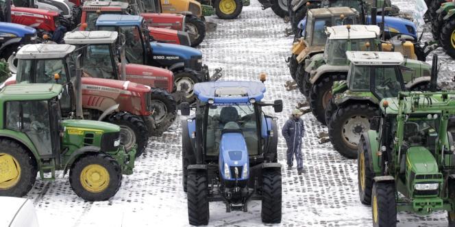 Rassemblement d'agriculteurs à Arras, mardi 15 janvier, dans le cadre des actions menées à l'appel de la FNSEA, le syndicat français d'exploitants.