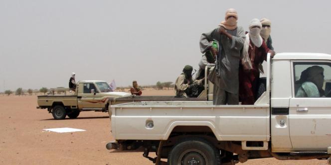 Photo de combattants du Mouvement Ansar Dine prise le 7 août 2012 près de Kidal, au Mali.