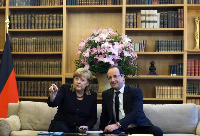 Angela Merkel et François Hollande, à l'ambassade de France à Berlin, le 22 janvier.