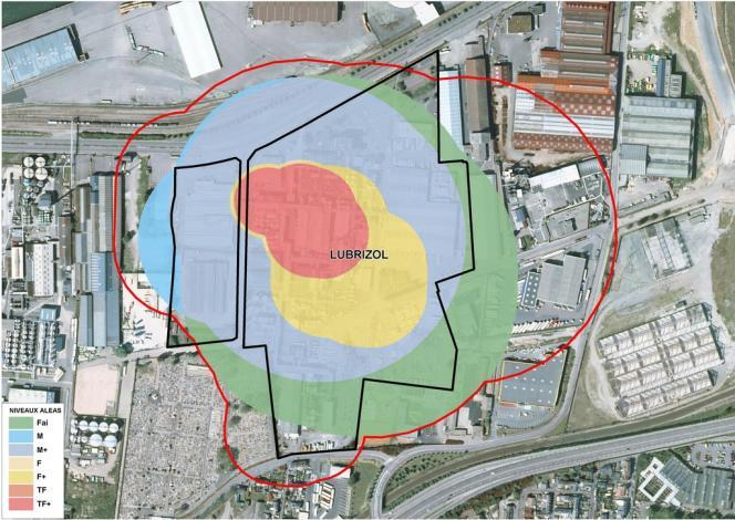La carte des aléas toxiques de l'usine Lubrizol (élevés en rouge et faibles en vert), réalisée dans le cadre de la préparation d'un plan de prévention des risques technologiques.