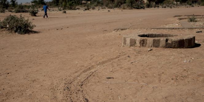 Le puits dans lequel les militaires maliens auraient jeté les corps de suspects exécutés.