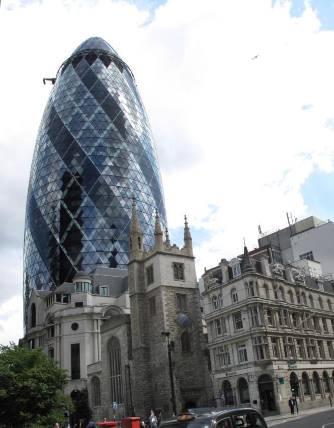 Le building 30 St Mary Axe, de Norman Foster, appellé aussi le