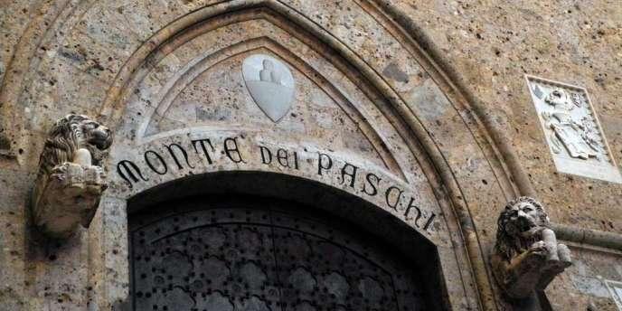 Le siège de Monte Dei Paschi à Sienne (Italie).