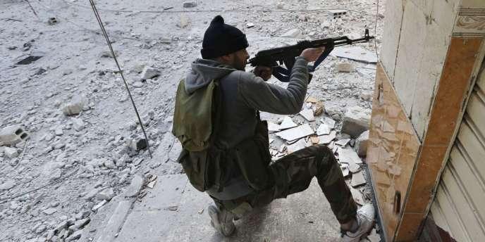 Un combattant de l'armée syrienne libre, le 25 janvier 2013.
