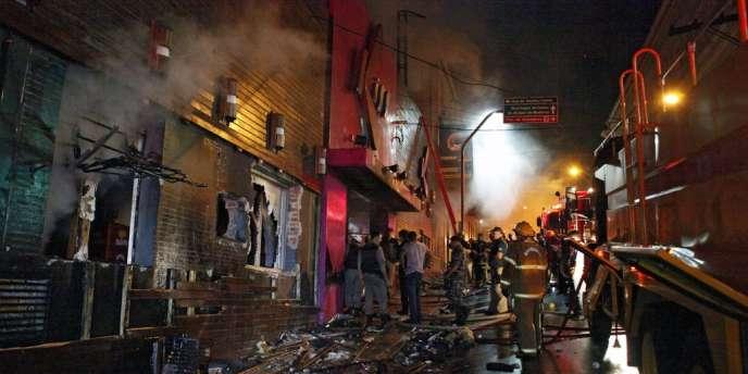 Selon la police locale, le bilan pourrait dépasser les 150 morts.