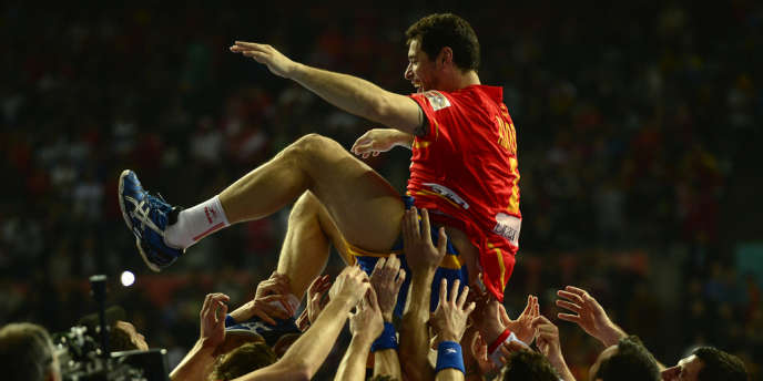 Le pivot Julen Aguinagalde, après la victoire de l'Espagne en finale du Mondial 2013.