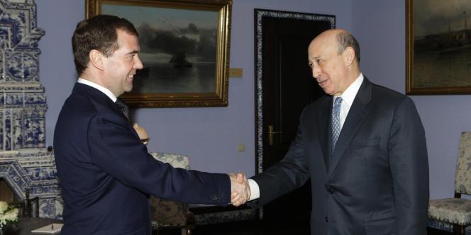 Le premier ministre Dmitri Medvedev et le patron de la banque américaine Lloyd Blankfein ont tous deux participé au forum de Davos la semaine dernière. Ici, une rencontre en mars 2011 à la résidence Gorki, près de Moscou.