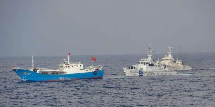 L'archipel inhabité des Senkaku-Diaoyu est situé à 200 km au nord-est des côtes de Taïwan et 400 km à l'ouest de l'île d'Okinawa.