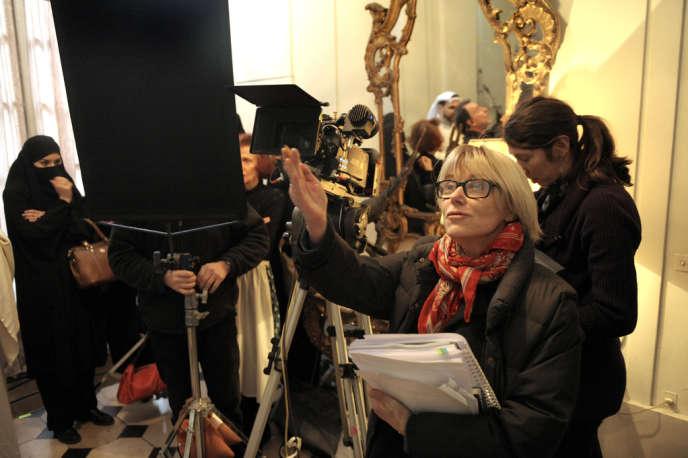 Bénédicte Kermadec, scripte, sur le tournage de « La Déesse aux 100 bras », réalisé par Sylvain Monod, le 25 janvier.