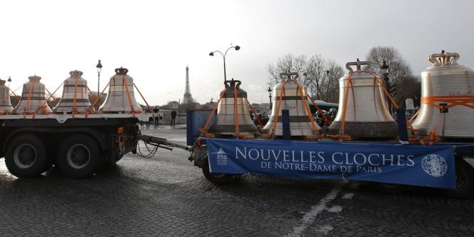 Les cloches après leur descente des Champs-Elysées, le 31 janvier.