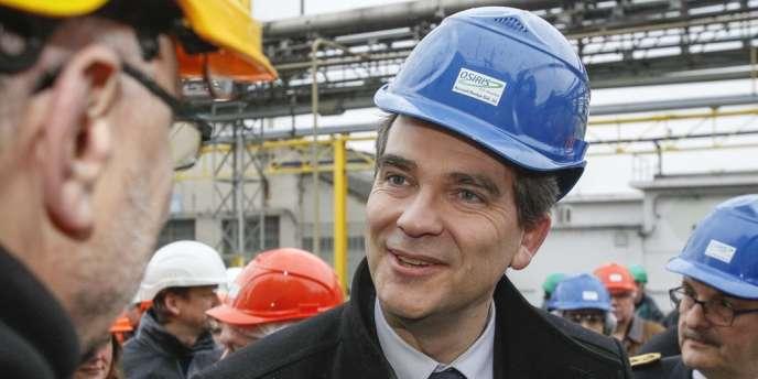 Le ministre du redressement productif s'est livré, lundi 4 février, à un plaidoyer pour l'extraction et l'utilisation du gaz de houille, ce gaz généré par une roche-mère de type charbonneuse, principalement constitué de méthane.