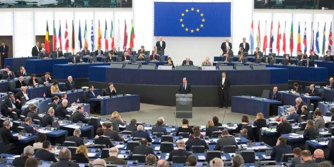 François Hollande devant le Parlement européen, deux jours avant le sommet de Bruxelles, le 5 février 2013.