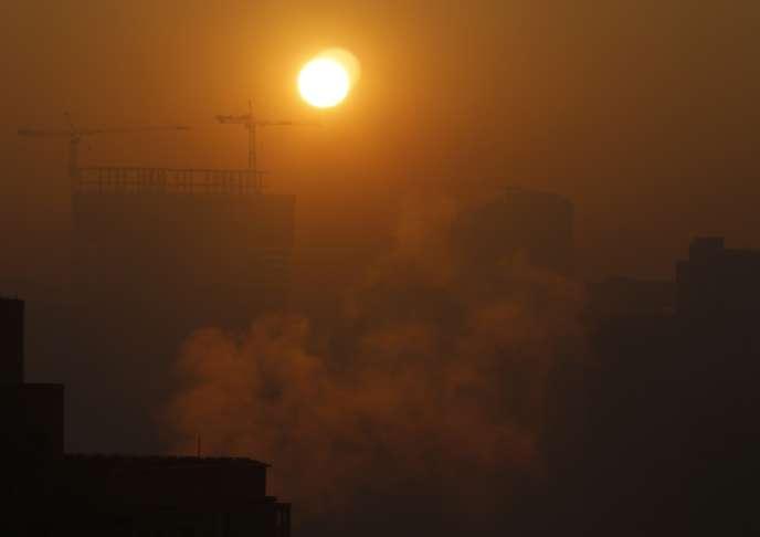 Les particules polluantes en suspension dans l'air sont mesurées en microgrammes par mètre cube d'air.