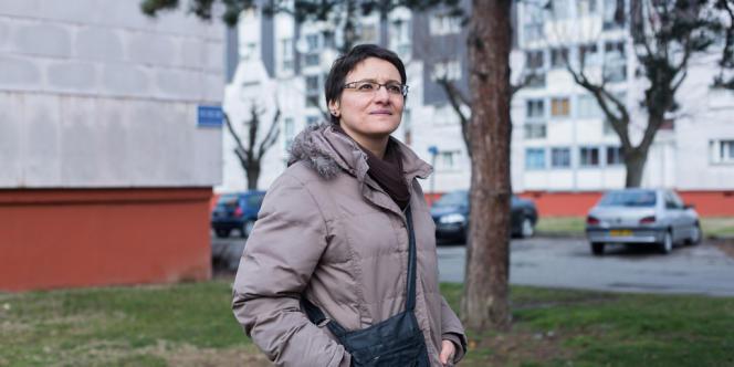 Nacera, trésorière de l'association des habitants du sud-ouest d'Echirolles, fait partie du projet d'empowerment lancé dans l'agglomération grenobloise.
