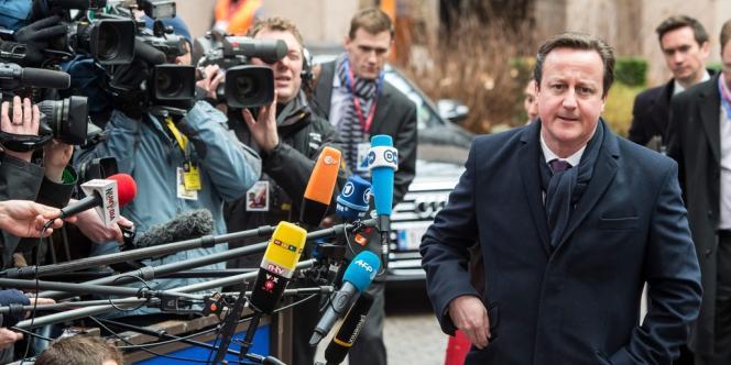 Pas d'accord sur le budget de l'UE sans coupes supplémentaires a déclaré le premier ministre britannique David Cameron à son arrivée à Bruxelles, jeudi.