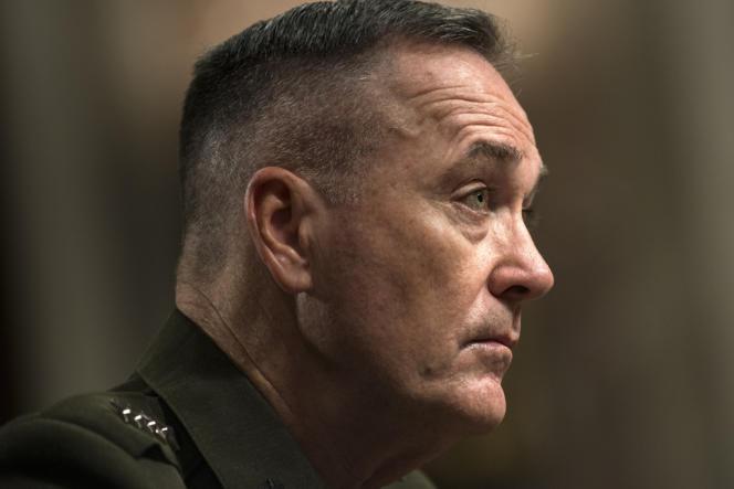 Le général américain Joseph Dunford a pris ses fonctions, dimanche 10 février, à la tête de la coalition en Afghanistan (ISAF).