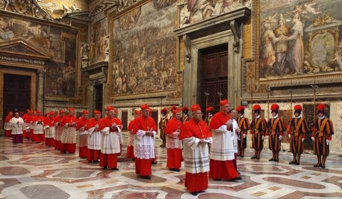 Lors du conclave qui a élu Benoît XVI, en avril 2005, successeur de Jean Paul II.