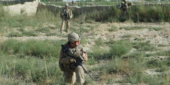 En décembre 2009, le président américain avait déjà réduit les effectifs stationnés dans le pays, faisant passer de 100 000 soldats à 66 000 actuellement présents en Afghanistan.