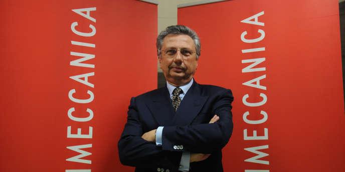 Le patron du groupe d'aéronautique et de défense Finmeccanica Giuseppe Orsi a été placé mardi en état d'arrestation pour corruption internationale.