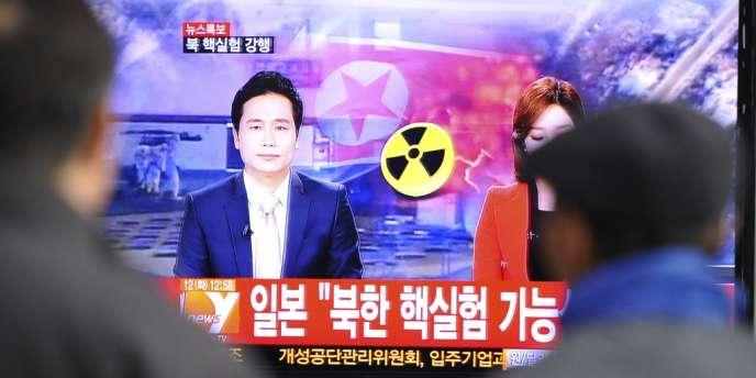 Les résolutions 1718 et 1874 du Conseil de sécurité des Nations unies, votées respectivement en 2006 et en 2009, ont interdit à la Corée du Nord de développer une technologie nucléaire et balistique.