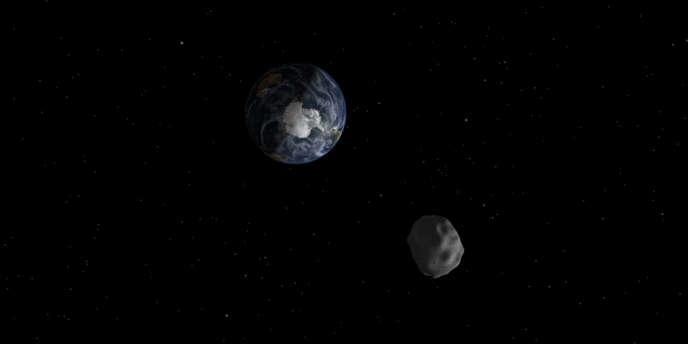 En février 2013, l'astéroïde 2012-DA 14, cinquante mètres de diamètre et 150 000 tonnes environ, était passé à moins de 28 000 kilomètres de la surface de notre planète Bleue.