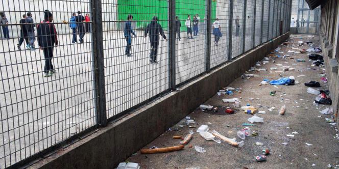 Prison des Baumettes, Marseille, en 2012. La cour de promenade de la maison d'arrêt des hommes.