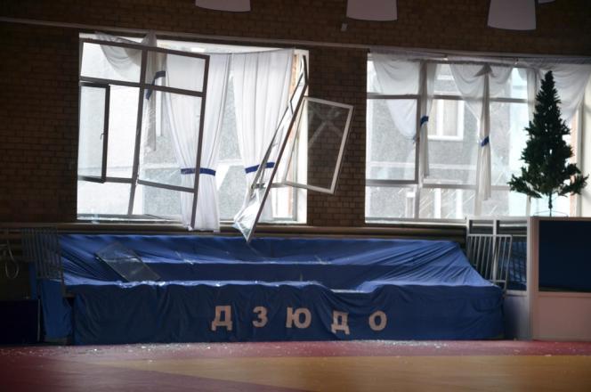 Dans la région de Tcheliabinsk, dans l'Oural russe, le matin du vendredi 15 février 2013, une pluie de météorites a fait de nombreux dégâts matériels et plusieurs centaines de blessés.