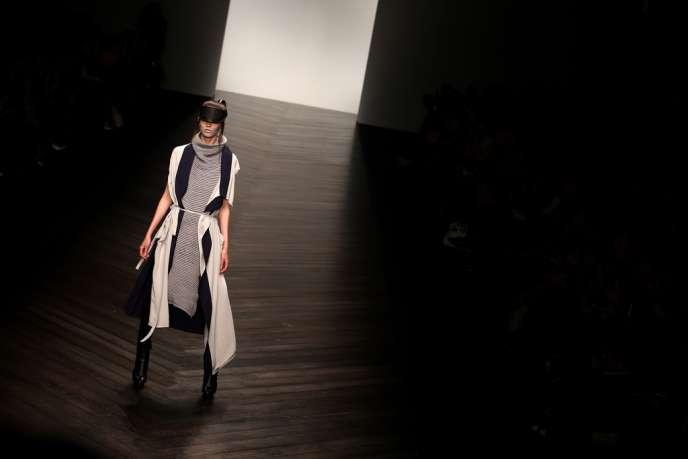 Défilé Haizhen Wang, lors de la Semaine de la mode de Londres.