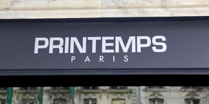 Le Printemps dispose de 16 magasins en France, dont son vaisseau amiral sur les Grands Boulevards parisiens.