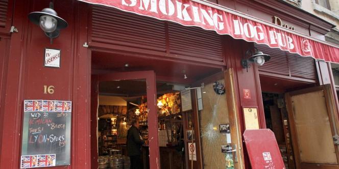 La devanture du pub The Smoking Dog, le 21 février à Lyon.