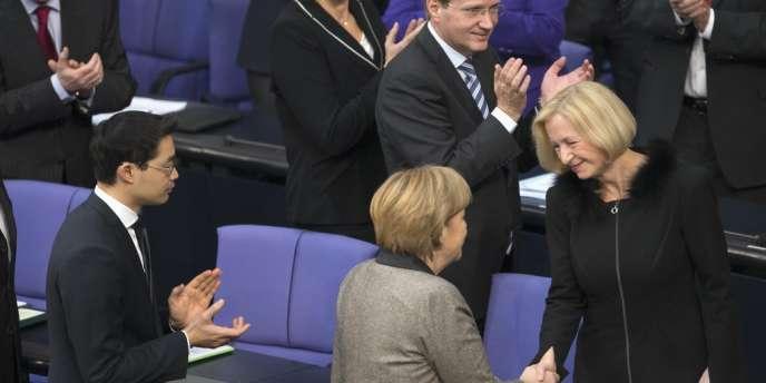La chancellerie n'a pas voulu commenter les prévisions de déficit de la France annoncées par la Commission européenne.
