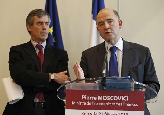 Pierre Moscovici, ministre de l'économie et des finances, et Jérôme Cahuzac, ministre délégué au budget, le 22 février, à Bercy.