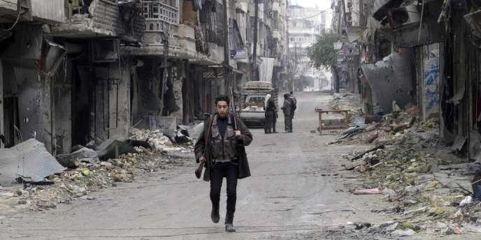Un combattant de l'Armée syrienne libre à Alep, le 19 février.