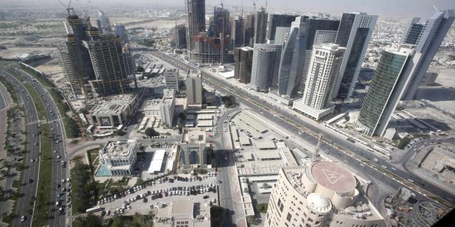 Richissime Etat gazier du Golfe, le Qatar a été épargné par la vague de contestation qui a soufflé sur le monde arabe et se pose en champion des soulèvements antigouvernementaux.