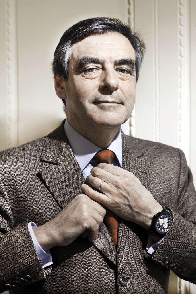 François FILLON dans son bureau de l'Assemblée Nationale - PARIS - 25/02/2013