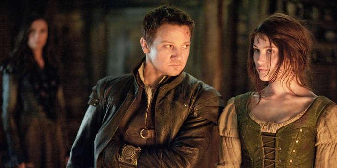 Gemma Arterton et Jeremy Renner dans le film américain et allemand de Tommy Wirkola,