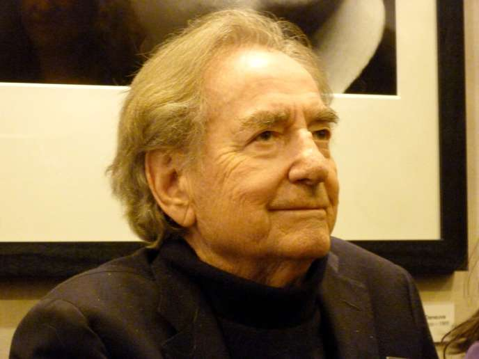 Le photographe Willy Rizzo au Salon de la photo, porte de Versailles à Paris, le 7 novembre 2010.