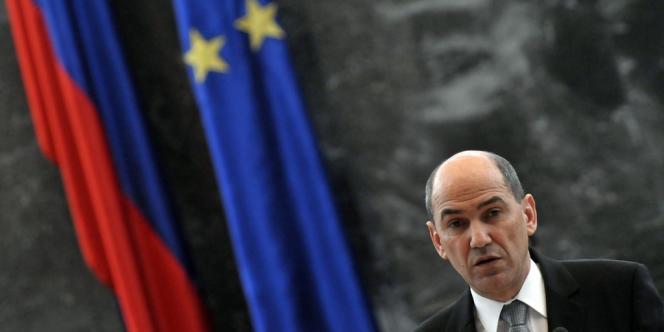 Le désormais ex-premier ministre slovène Janez Jansa, au Parlement de Ljiubljana, le 27 février.