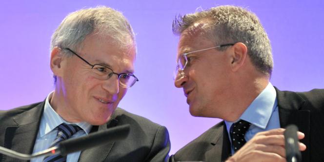 L'ancien président du directoire de Vivendi, Jean-Bernard Levy (à gauche) et l'ex-PDG de l'opérateur SFR (groupe Vivendi), Franck Esser.