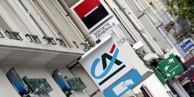 Agences bancaires dans une rue de Rennes.