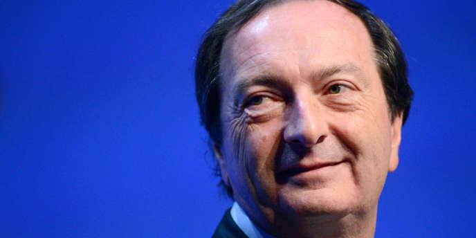 Michel-Edouard Leclerc estime que Pierre Gattaz « fait croire aux politiques à l'équation baisse des charges égale création d'emplois, sauf que ce n'est pas lui qui va les créer ».