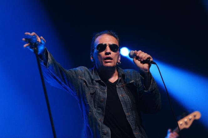 Daniel Darc en concert lors de la 28e édition des Francofolies de La Rochelle, le 11 juillet 2012.